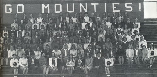 THE SHADES VALLEY MOUNTIES PEP CLUB. (Click to enlarge.)